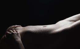 Υγρό nude σώμα γυναικών ` s Στοκ εικόνες με δικαίωμα ελεύθερης χρήσης