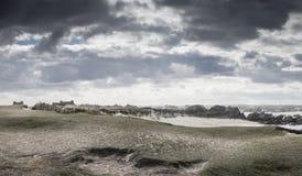 Υδρονέφωση και βροχή αέρα στην ίδια χρονική ακτή σε Britanny, φράγκο στοκ εικόνα με δικαίωμα ελεύθερης χρήσης