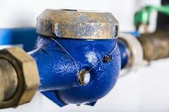 Υδρόμετρα που εγκαθίστανται στον υδροσωλήνα και που σφραγίζονται στοκ εικόνες