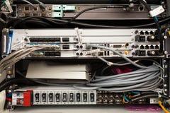 Υλικό τηλεπικοινωνιών που συνδέεται Στοκ Φωτογραφίες