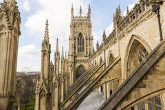 ΥΟΡΚΗ, UK - ΣΤΙΣ 30 ΜΑΡΤΊΟΥ: Αψίδες στη στέγη του μοναστηριακού ναού της Υόρκης. Το λ. Στοκ Φωτογραφία