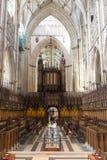 ΥΟΡΚΗ, UK - ΣΤΙΣ 30 ΜΑΡΤΊΟΥ: Περιοχή δεσμίδων χαρτιού στο μοναστηριακό ναό της Υόρκης. Η δεσμίδα χαρτιού W Στοκ Εικόνα