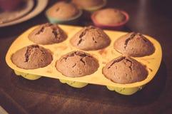 υπέροχα συσσωματώνει την κρέμα σοκολάτας που διακοσμείται Στοκ φωτογραφία με δικαίωμα ελεύθερης χρήσης
