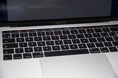 Υπέρ 2016 φραγμός αφής Macbook στοκ φωτογραφίες με δικαίωμα ελεύθερης χρήσης