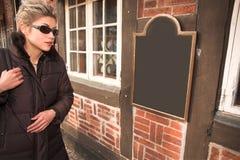 υπαίθρια γυναίκα Στοκ εικόνα με δικαίωμα ελεύθερης χρήσης