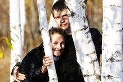 υπαίθρια νεολαίες ζευγαριού Στοκ Εικόνες