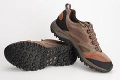 Υπαίθρια παπούτσια για το άτομο για την πεζοπορία, να πραγματοποιήσει οδοιπορικό, την αναρρίχηση και το walki Στοκ φωτογραφία με δικαίωμα ελεύθερης χρήσης
