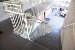 Υπαίθρια συγκεκριμένη σκάλα Στοκ εικόνες με δικαίωμα ελεύθερης χρήσης