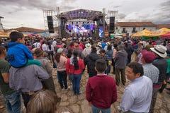 Υπαίθρια συναυλία κατά τη διάρκεια της γιορτής Villa de Leyva Κολομβία Στοκ φωτογραφία με δικαίωμα ελεύθερης χρήσης