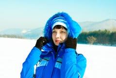 υπαίθρια όμορφη γυναίκα wintertime Στοκ εικόνα με δικαίωμα ελεύθερης χρήσης