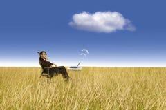 υπαίθριες εργασίες επιχειρηματιών στοκ φωτογραφίες