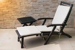 Υπαίθριος καναπές χαλάρωσης Στοκ Φωτογραφία
