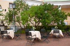 Υπαίθριος καφές, Άγιος Πετρούπολη, Pavlovsk στοκ φωτογραφίες με δικαίωμα ελεύθερης χρήσης