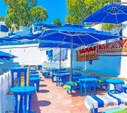 Υπαίθριο εστιατόριο σε Sidi Bou εν λόγω Στοκ φωτογραφία με δικαίωμα ελεύθερης χρήσης