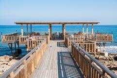 Υπαίθριο εστιατόριο στη Κύπρο Στοκ φωτογραφία με δικαίωμα ελεύθερης χρήσης