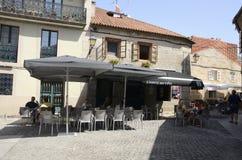 Υπαίθριο εστιατόριο στο plaza Στοκ φωτογραφία με δικαίωμα ελεύθερης χρήσης