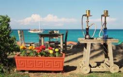 υπαίθριο εστιατόριο Τουρκία δύο waterpies Στοκ εικόνα με δικαίωμα ελεύθερης χρήσης
