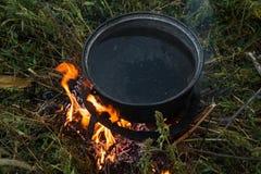 Υπαίθριο μαγείρεμα πυρκαγιάς Στοκ Εικόνα