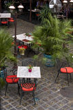 υπαίθριο πεζούλι φοινικ Στοκ φωτογραφία με δικαίωμα ελεύθερης χρήσης
