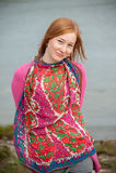Υπαίθριο πορτρέτο μιας όμορφης redhead γυναίκας Στοκ Φωτογραφίες