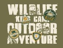 Υπαίθριο στρατόπεδο παιδιών περιπέτειας άγριας φύσης Ελεύθερη απεικόνιση δικαιώματος