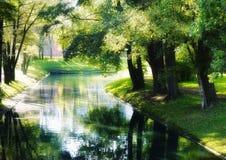υπαίθριο φως του ήλιου δέντρων αντανάκλασης νερού πάρκων κήπων Στοκ φωτογραφίες με δικαίωμα ελεύθερης χρήσης