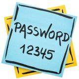 Υπενθύμιση κωδικού πρόσβασης στην κολλώδη σημείωση Στοκ εικόνα με δικαίωμα ελεύθερης χρήσης