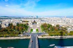 Υπεράσπιση Λα κατά την όψη του Παρισιού Γαλλία από την κορυφή του Άιφελ Στοκ Εικόνα