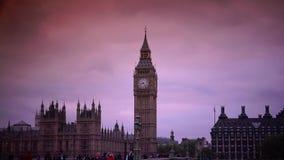 ΥΠΕΡΒΟΛΙΚΟ HD 4k, πραγματικό - χρόνος, το Κοινοβούλιο και το Big Ben από τη γέφυρα του Γουέστμινστερ απόθεμα βίντεο
