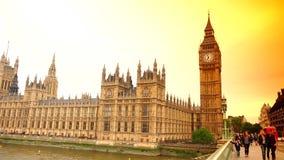 ΥΠΕΡΒΟΛΙΚΟ HD 4k, πραγματικό - χρόνος, το Κοινοβούλιο και το Big Ben από τη γέφυρα του Γουέστμινστερ