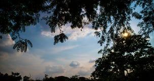 Υπερβολικό σφάλμα που πυροβολείται χρονικό του ουρανού βραδιού απόθεμα βίντεο