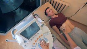 Υπερηχητικός εξοπλισμός που λειτουργεί κατά τη διάρκεια μιας υπερηχητικής διαδικασίας απόθεμα βίντεο