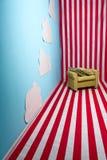 Υπερρεαλιστική εικόνα μιας φωτεινής χρωματισμένης θέσης με τις κόκκινες και άσπρες σειρές στοκ φωτογραφία με δικαίωμα ελεύθερης χρήσης
