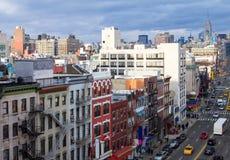 Υπερυψωμένη άποψη πόλεων της Νέας Υόρκης της σκηνής οδών Chinatown σε Manhatt Στοκ φωτογραφίες με δικαίωμα ελεύθερης χρήσης