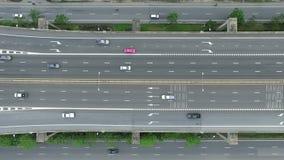 Υπερυψωμένος πυροβολισμός ενός αυτοκινητόδρομου απόθεμα βίντεο