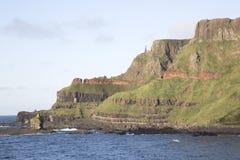 Υπερυψωμένο μονοπάτι γιγάντων  Κομητεία Antrim  Βόρεια Ιρλανδία Στοκ φωτογραφία με δικαίωμα ελεύθερης χρήσης