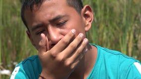 λυπημένος εφηβικός αγορ& απόθεμα βίντεο