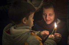 Υπηρεσία Πάσχας στη Ορθόδοξη Εκκλησία στην περιοχή Kaluga της Ρωσίας Στοκ Εικόνα