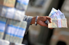 Υπηρεσίες ανταλλαγής χρημάτων Στοκ εικόνες με δικαίωμα ελεύθερης χρήσης