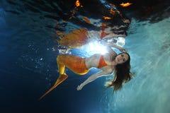 υποβρύχιος κόσμος ιστορίας σειρήνων θάλασσας γοργόνων νεράιδων Στοκ Φωτογραφίες