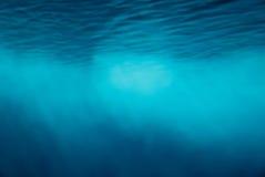 Υποβρύχιο υπόβαθρο ακτίνων ελαφριών ακτίνων Στοκ εικόνες με δικαίωμα ελεύθερης χρήσης