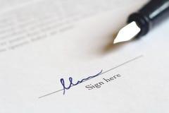υπογραφή διαπραγμάτευσης Στοκ Εικόνες