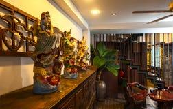 Υποδοχή και πισίνα του ταϊλανδικού ξενοδοχείου Στοκ Εικόνες