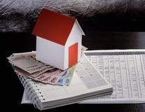 Υποθήκη, επένδυση, ακίνητη περιουσία και έννοια ιδιοκτησίας Στοκ Εικόνα