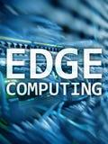 Υπολογισμός ΑΚΡΩΝ, Διαδίκτυο και σύγχρονη έννοια τεχνολογίας στο σύγχρονο υπόβαθρο δωματίων κεντρικών υπολογιστών στοκ εικόνες με δικαίωμα ελεύθερης χρήσης