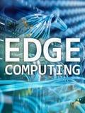 Υπολογισμός ΑΚΡΩΝ, Διαδίκτυο και σύγχρονη έννοια τεχνολογίας στο σύγχρονο υπόβαθρο δωματίων κεντρικών υπολογιστών στοκ φωτογραφίες