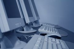 υπολογιστές τάξεων Στοκ εικόνες με δικαίωμα ελεύθερης χρήσης