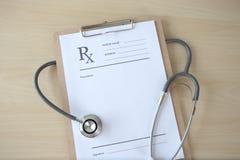 υπομονετική αντισύλληψη Rx έννοιας υγειονομικής περίθαλψης γιατρών ιατρικής pres στοκ φωτογραφίες