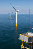 Υποσταθμός windfarm παράκτια Στοκ Εικόνες