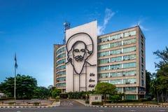 Υπουργείο επικοινωνιών Plaza de Λα Revolucion - την Αβάνα, Κούβα Στοκ φωτογραφία με δικαίωμα ελεύθερης χρήσης